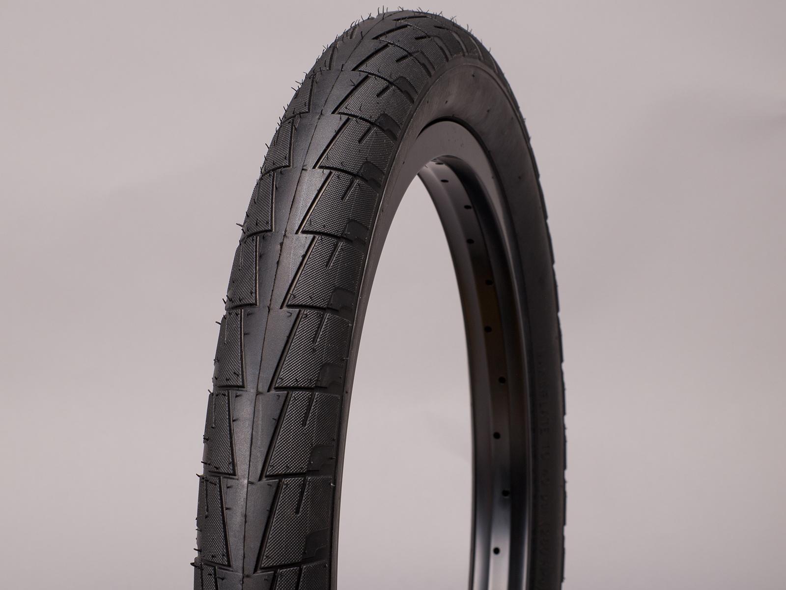 Lagos Crawler tire blk 2.4